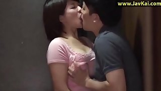 JAV Housewife startled and bound by a burglar