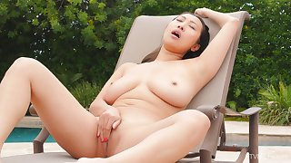 Large untalented tits model Sharon spreads her legs to masturbate